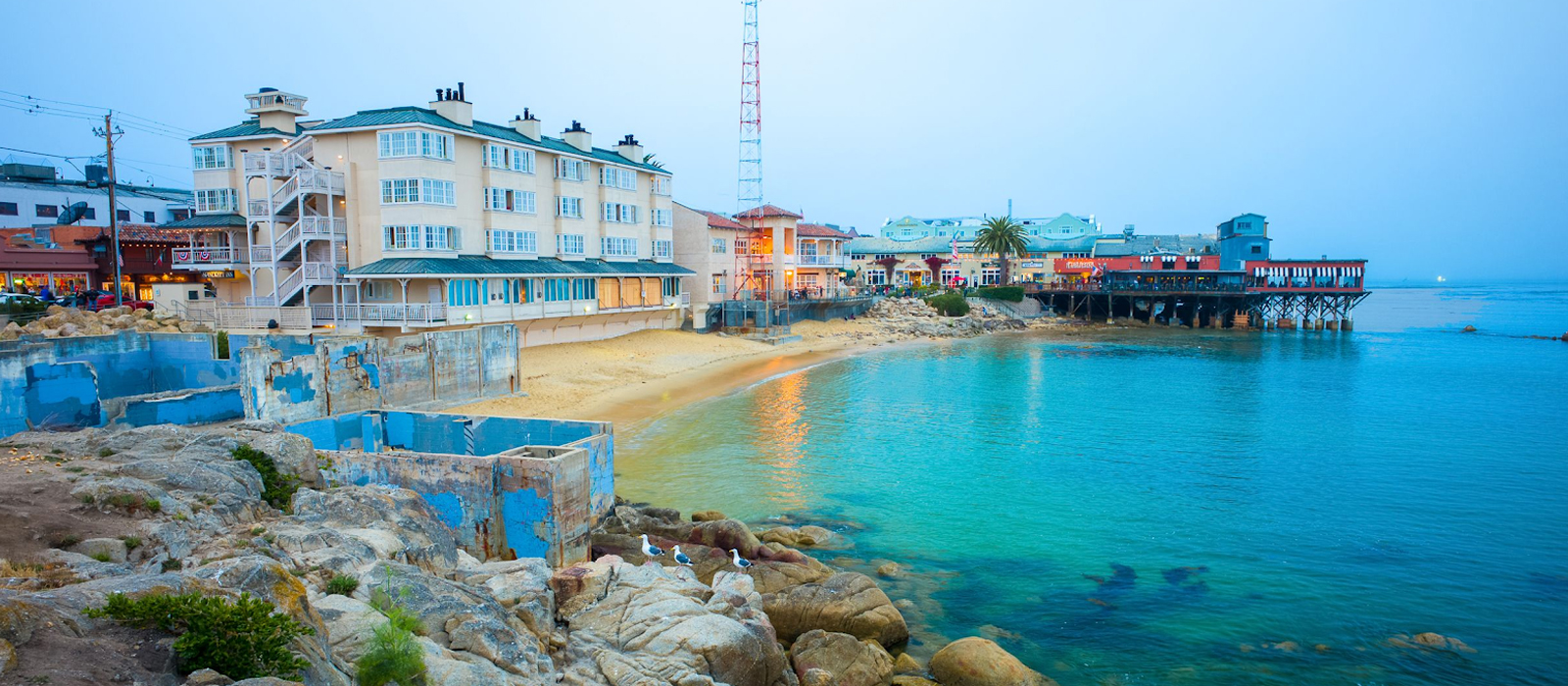 NESTLED JUST MINUTES FROM THE MONTEREY BAY AQUARIUM AND CANNERY ROW